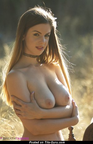 Stella Cox - Yummy Glamour British Red Hair Actress, Pornstar & Babe with Yummy Bare Natural Medium Boobie (Hd Porn Photo)