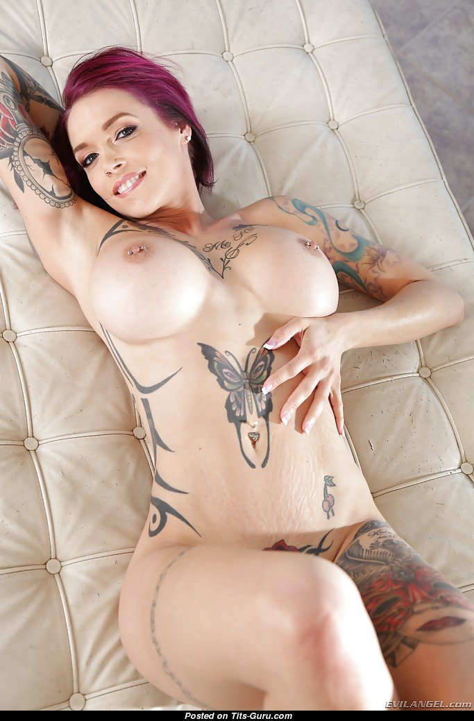 Anna Bell Nude