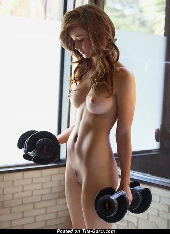 Naked hot female with medium boob photo