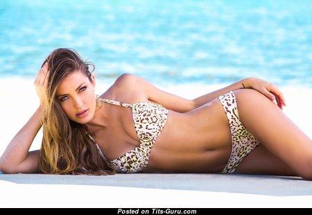 Simone Villas Boas - Adorable Non-Nude Brazilian Red Hair with Adorable Flat Boob & Sexy Legs in Bikini on the Beach (Hd Sex Pix)