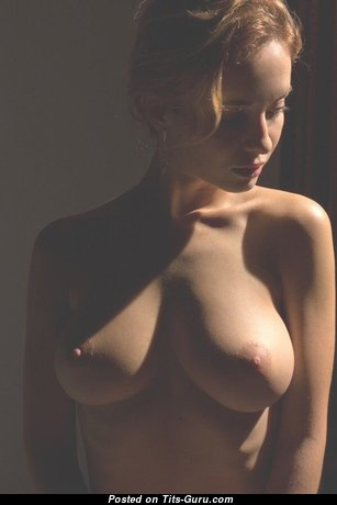 Delightful Babe with Delightful Exposed Real Firm Boobys (Sex Image)