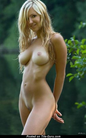 Naked nice female with big boobies picture