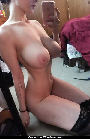 Superb Unclothed Babe (Hd Xxx Picture)