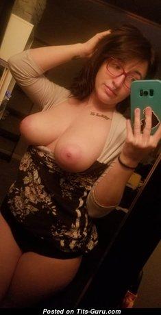 Heather - Elegant Naked Girlfriend (Amateur Selfie Hd Sex Picture)
