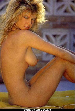 Corrine Russell - Handsome Topless Doxy with Handsome Open Natural Melons (Vintage Xxx Foto)