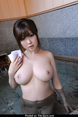 Image. Wonderful female with big natural tittys pic