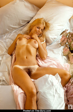 Kristine Hansen - Fine Unclothed Playboy Blonde Actress (Vintage Sexual Photoshoot)
