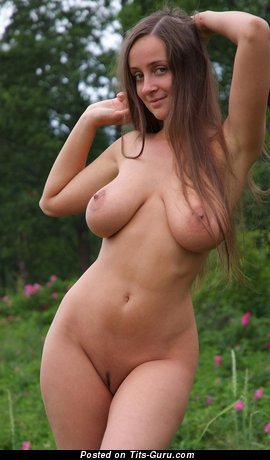 Image. Eekat - awesome lady with big natural boobs pic