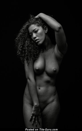 Image. Naked awesome woman with medium natural boob picture