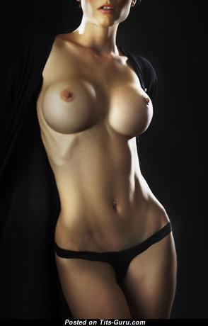 Lovely Topless Floozy (Sex Photoshoot) #topless #boobs #tits #nude #erotic #сиськи #голая #эротика #titsguru