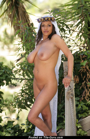 Image. Alexis Groana - nude ebony with huge natural tits picture