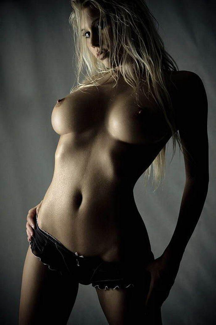 foto-krasivih-i-erotichnih-devushek