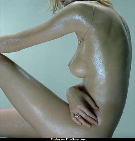 Exquisite Wet & Topless Babe with Exquisite Bare Real Narrow Jugs (Sex Foto)