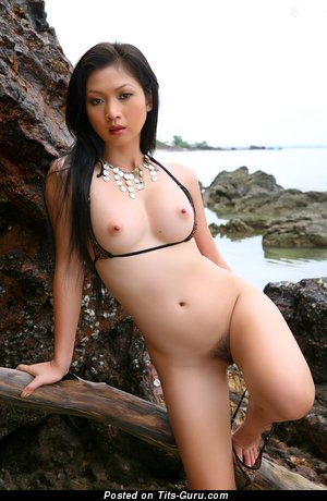Image. Lin See Ye - naked asian brunette photo