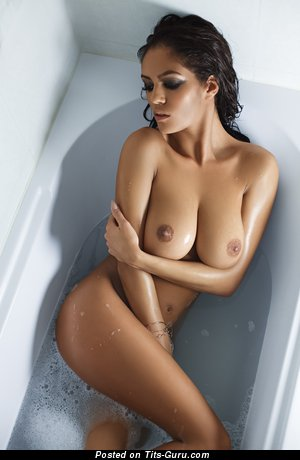 Image. Nude amazing lady with big natural breast image