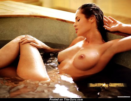 Beatrice Chirita - Charming Wet Brunette with Charming Defenseless Real Dd Size Knockers in the Shower (Hd 18+ Foto)