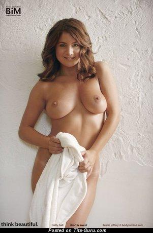 Изображение. Kelly Hall - фото невероятной голой брюнетки с большими сиськами