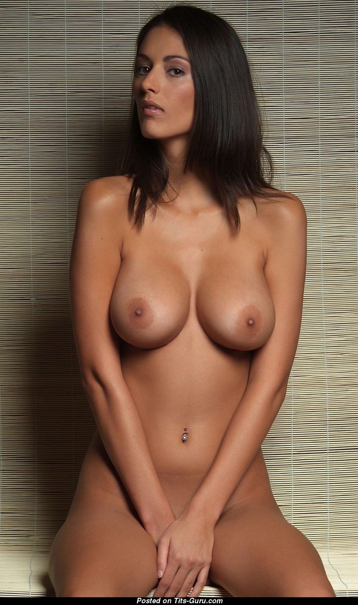Zsuzsanna Ripli - Exquisite Miss With Exquisite Exposed Dd -3640