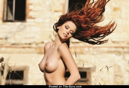 Image. Naked beautiful girl with medium natural breast image