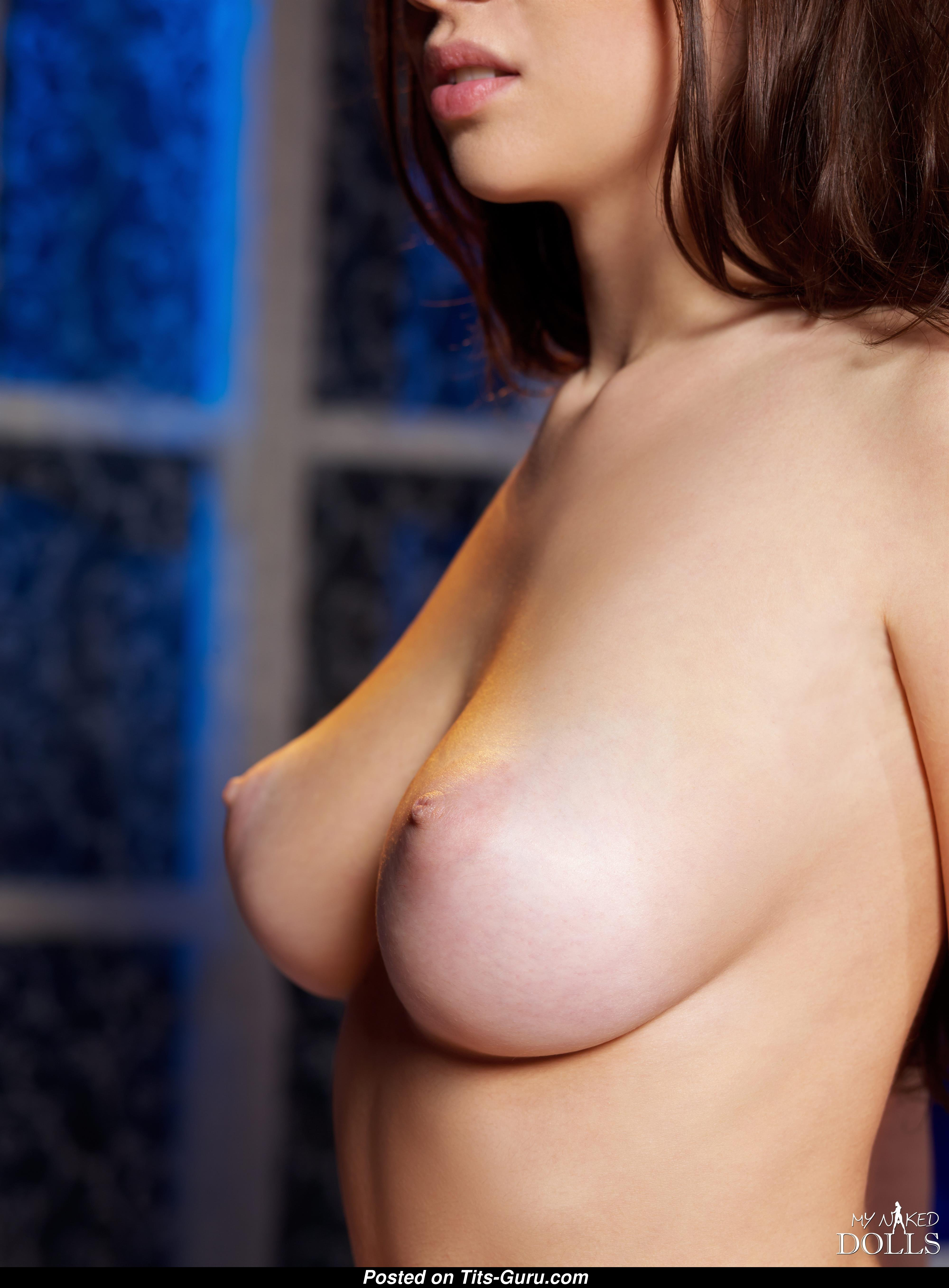 Juliet Curacao - Topless Miss With Naked Real Tight Busts -7679