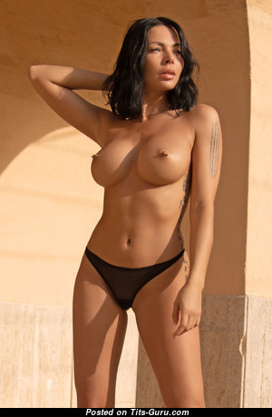 Claire Photodromm - Hot Brunette Babe with Hot Nude D Size Busts in Bikini (Hd Sexual Photo)