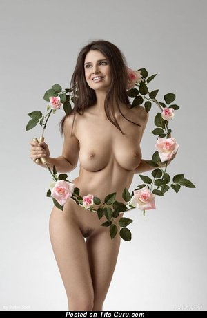 Image. Jasmine Andreas - naked brunette with medium natural tittes picture