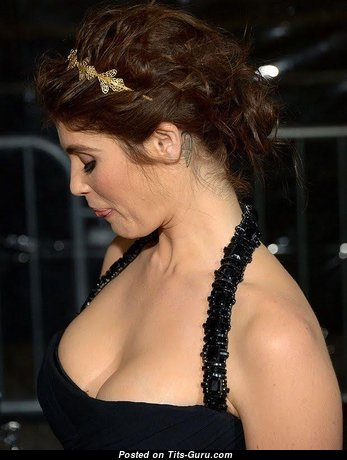 Nice Tts on Celeb - Dazzling Non-Nude & Glamour Brunette Babe with Dazzling Real Medium Breasts (Sex Pic)