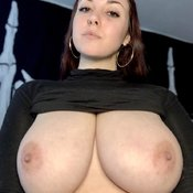 Beautiful Glamour Babe with Beautiful Open Real G Size Boobs & Large Nipples (Hd Porn Photo)