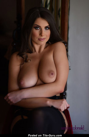 Саре Магдоналдс - Cute Brunette with Cute Open Normal Jugs (Hd Sex Image)