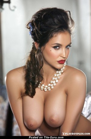 Jaclyn Swedberg - sexy topless brunette with big boobies and big nipples image