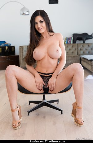 Kendall Karson - sexy nude brunette with medium boobs image