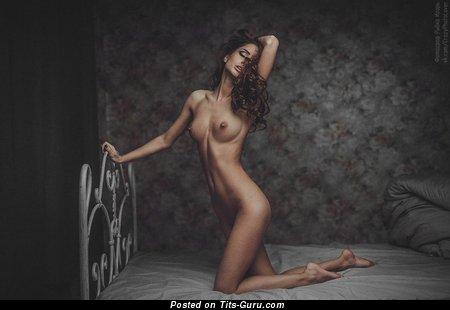 Marvelous Unclothed Babe (Hd Xxx Pix)