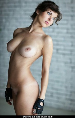Grand Nude Babe with Giant Nipples (Xxx Image)