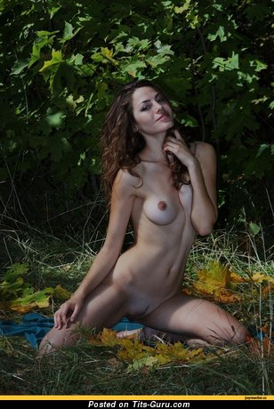 Image. Nude awesome lady with medium natural tittes pic