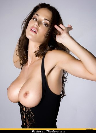 Image. Wonderful woman with big natural tits pic
