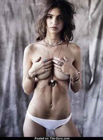 Emily Ratajkowski - фото шикарной обнажённой тёлки с натуральными сисечками