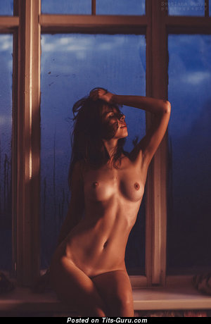 Image. Nude awesome girl with medium natural tits picture