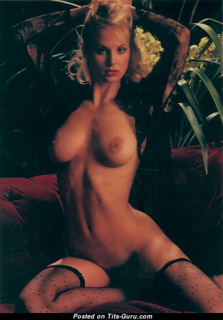 Dorothy Stratten - Magnificent Topless Canadian Playboy Blonde Actress with Magnificent Naked Firm Knockers (Vintage 18+ Wallpaper)