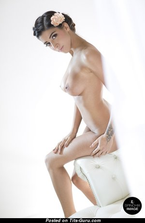Alexa Campbell - Charming Unclothed Floozy is Undressing (Hd Xxx Foto)