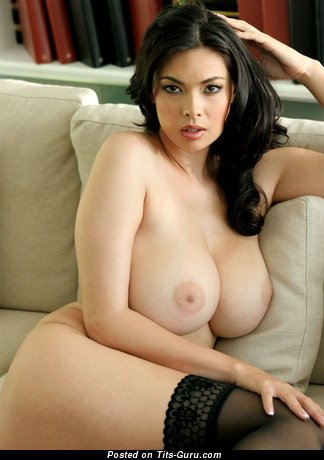 Image. Nude nice female with huge natural tots pic