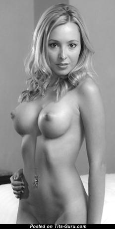 Elegant Topless & Glamour Blonde with Elegant Bald Round Fake Boobies & Big Nipples (Hd Xxx Foto)