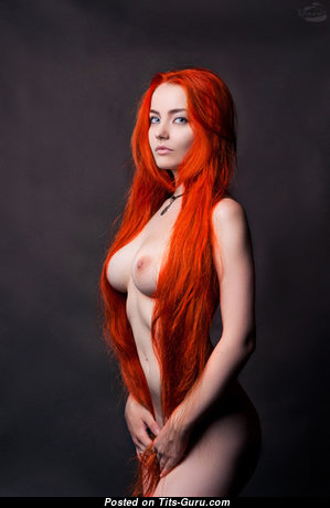 Charming Red Hair Babe with Charming Naked Natural Tots (Sexual Pix)