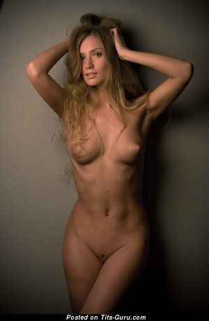 Judy - nude hot female with medium natural breast pic