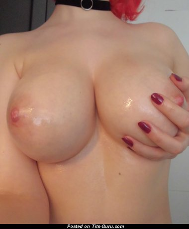 Image. Wet amateur nude hot female with big natural boobs pic