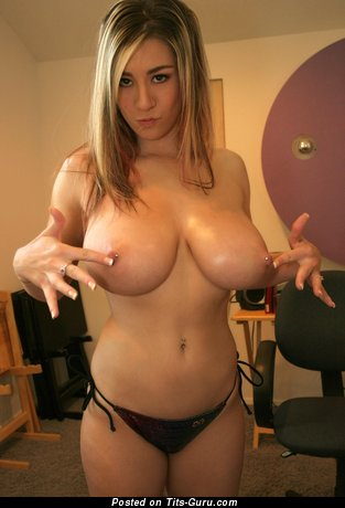 Marvelous Blonde with Marvelous Naked Natural Mega Boobies & Piercing (on Public Hd Sexual Foto)