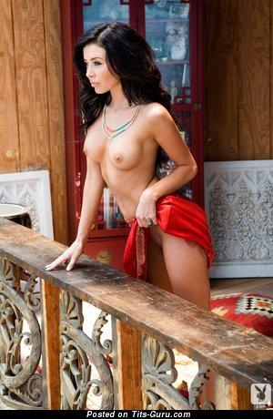 Gemma Lee Farrell - Exquisite New Zealander, American Playboy Brunette with Exquisite Bald Normal Chest (Hd Sex Photo)