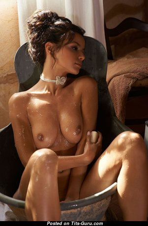 Dazzling Unclothed Babe with Red Nipples (Hd Porn Pic)