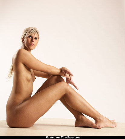 Stela - Grand Unclothed Blonde (Hd 18+ Photoshoot)