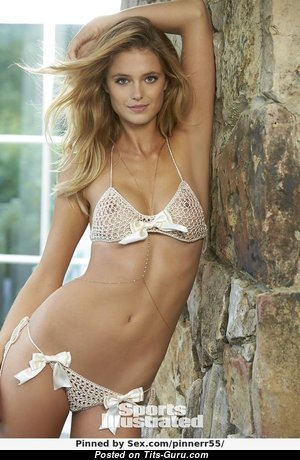 Kate Bock - Wonderful Glamour & Non-Nude Blonde Babe with Wonderful Meager Hooters, Huge Nipples, Sexy Legs in Bikini (Sexual Picture)