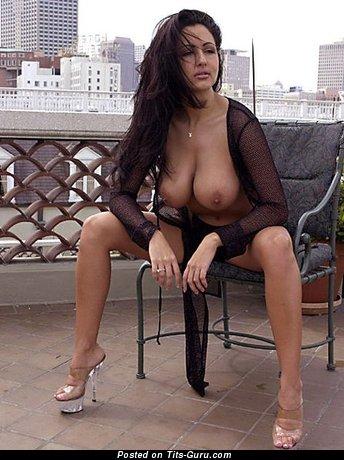 Изображение. Фотка шикарной голой женщины